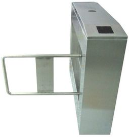 চীন Two-way Direction 180 Angle 304# Stainless Steel Automatic Swing Gate Barrier AC220V 50Hz কারখানা